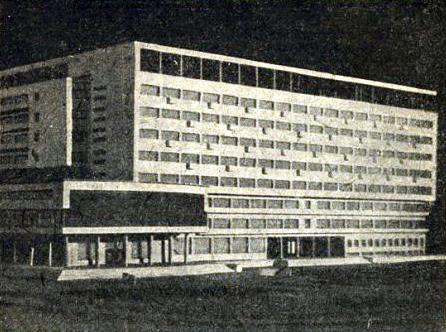 Первоначальный проект здания на Петровской наб