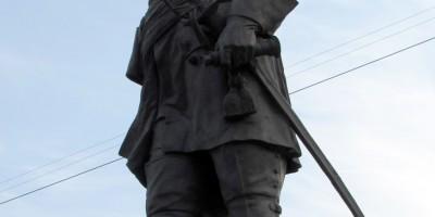 Памятник Петру I в Санкт-Петербурге у Сампсониевского собора